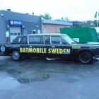 Alltid ett gott omen att hitta en sådan här bil på väg mot en seriemässa.