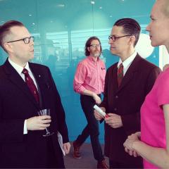 H-V: Tanya, Seth, Tom Devlin och Anders Lundgren på Kanadensiska ambassaden i Stockholm 15/5 2014. Foto: Ola Hellsten.